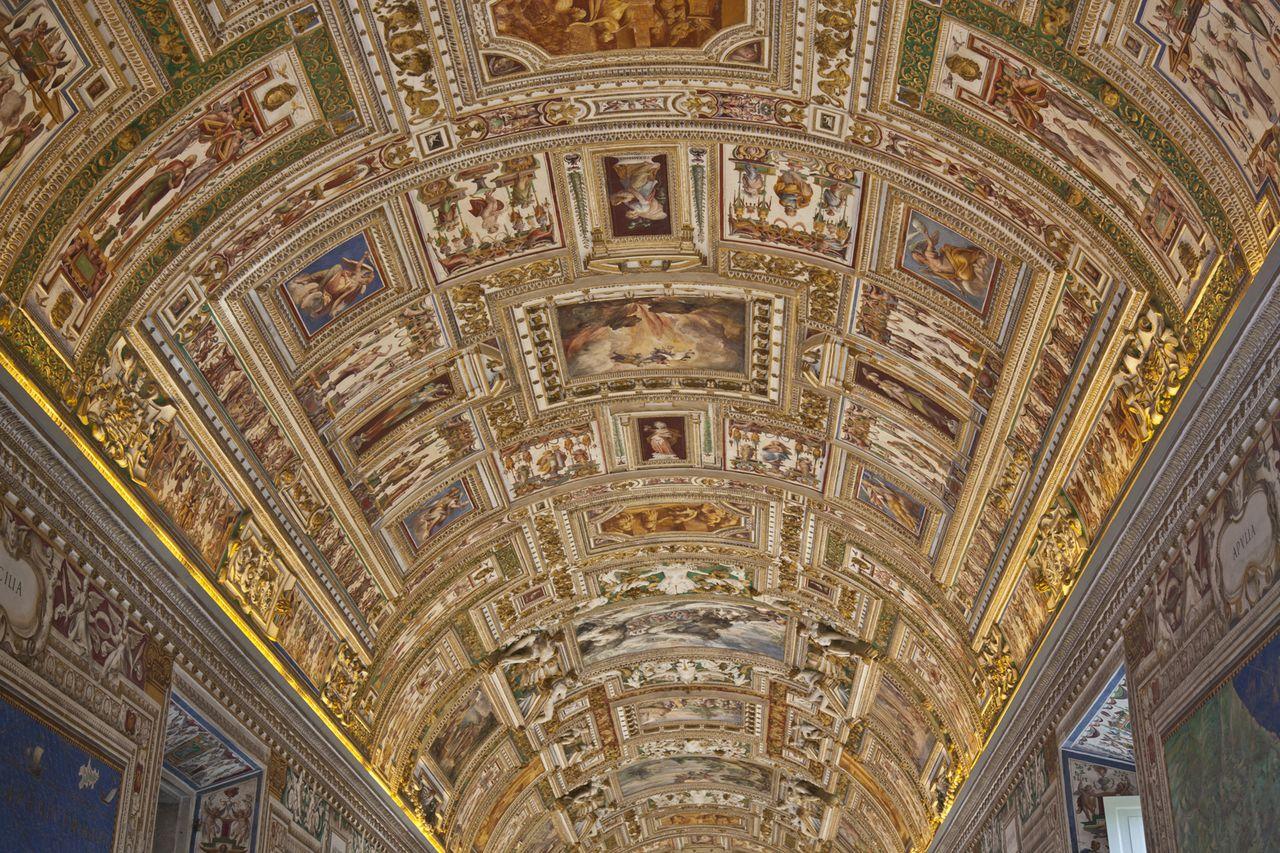 Vatican Museum Hours