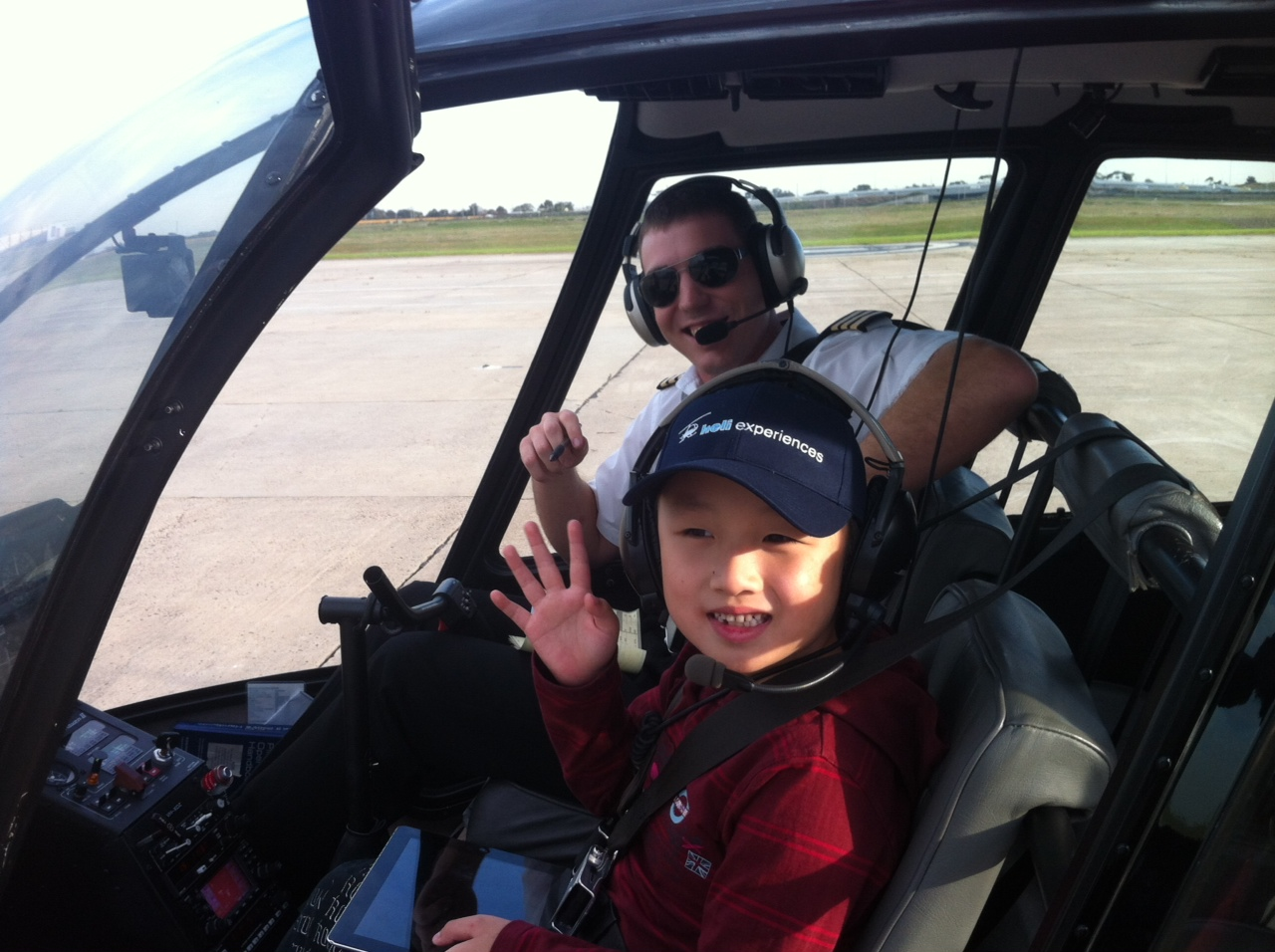 15 Min Sydney Family Fun Helicopter Flight for 4