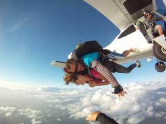 Coolum Beach Tandem Skydive - 14,000ft